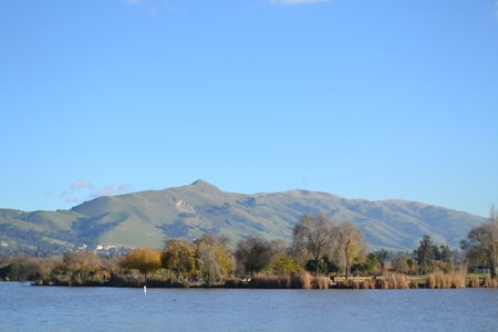 Fremont California Lakeview with Mountain in The Background